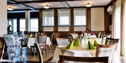 poilsis-anyksciuose-gradiali-restoranas-interjeras-13002