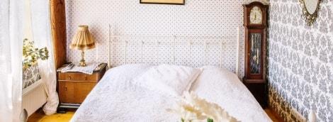 poilsis-pakruojo-dvare-kambarys-lova-14220