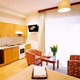 poilsis-birstone-royal-spa-residence-virtuve-9974