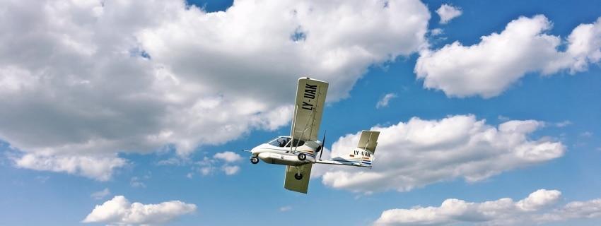 Pilotuok lėktuvą!